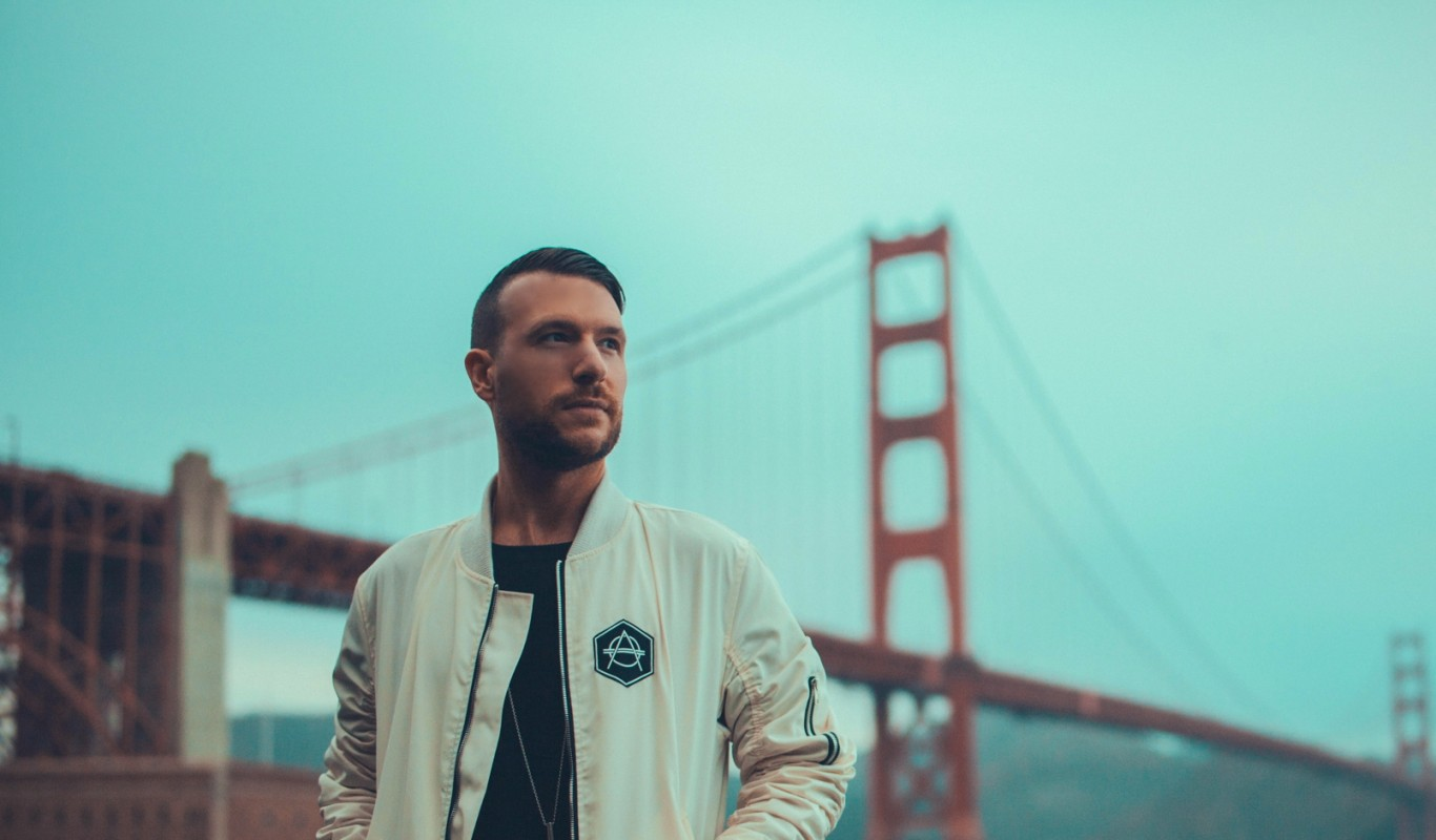 Don Diablo does a VIP Drum & Bass Remix of his hit