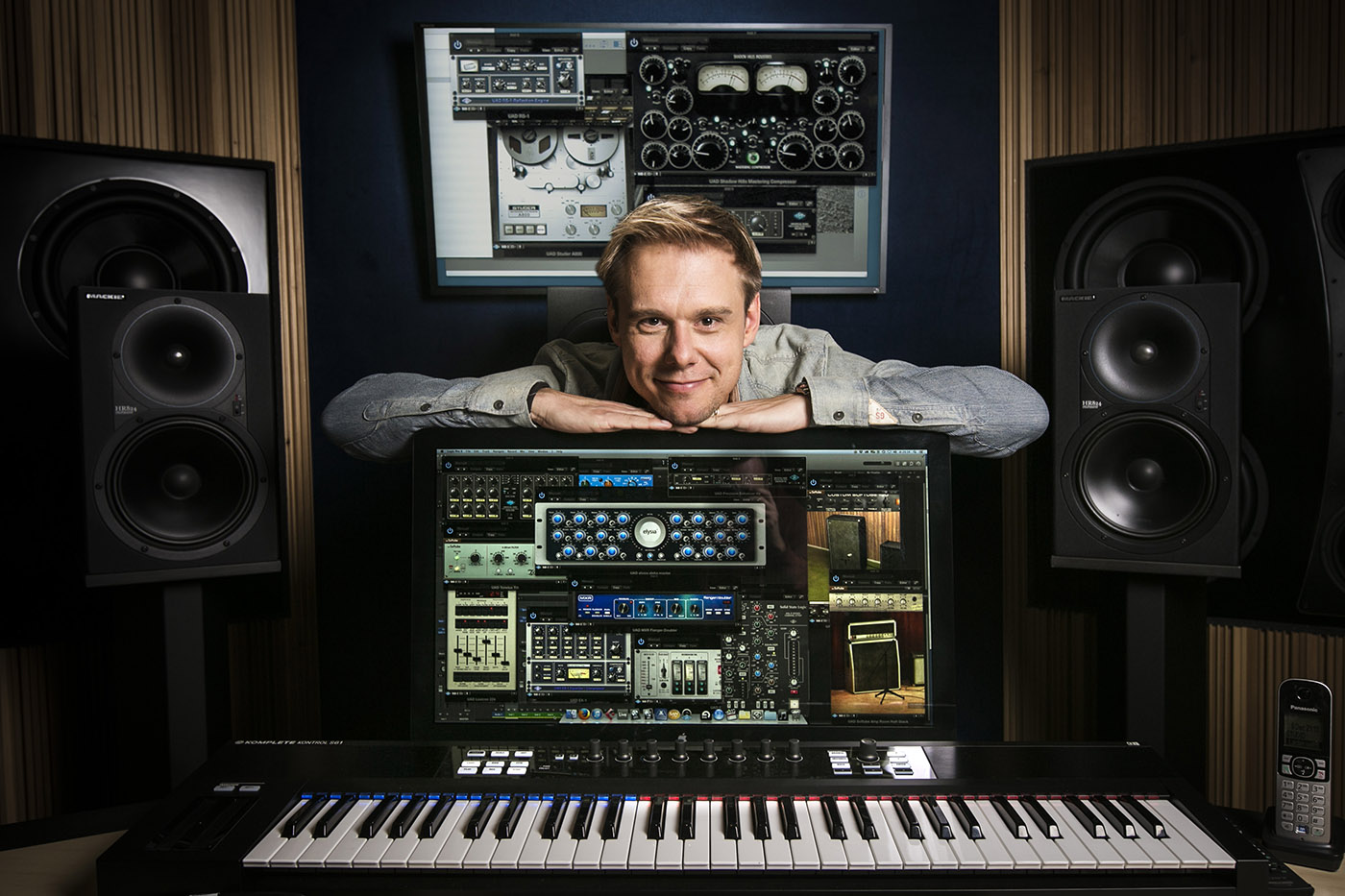masterclass armin van buuren teaches dance music download